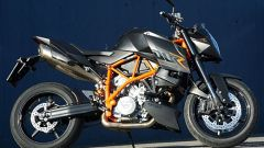 Aprilia Tuono 1100 Factory vs KTM 1290 Super Duke R - Immagine: 13