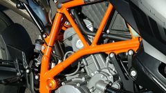 Aprilia Tuono 1100 Factory vs KTM 1290 Super Duke R - Immagine: 14