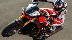 Aprilia Tuono 1100 Factory vs KTM 1290 Super Duke R - Immagine: 32