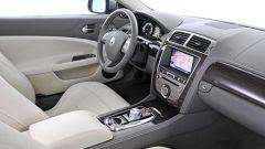 Jaguar XF 2010 - Immagine: 14