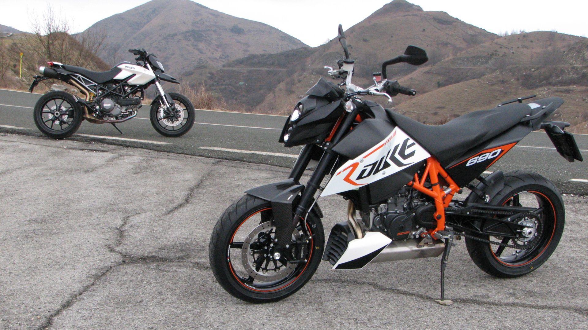 Ducati Hypermotard Top Case