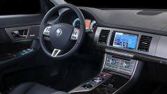 Jaguar XF 2010 - Immagine: 23