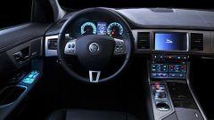 Jaguar XF 2010 - Immagine: 25