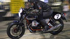 Moto Guzzi V7 Racer - Immagine: 4