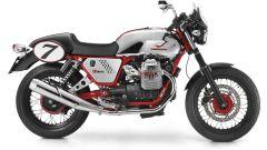 Moto Guzzi V7 Racer - Immagine: 1