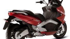 GILERA: Test Ride GP800 - Immagine: 20