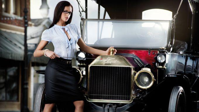 Immagine 9: Miss Tuning: il calendario 2011