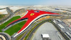 Apre il Ferrari World, ecco i prezzi dei biglietti - Immagine: 10
