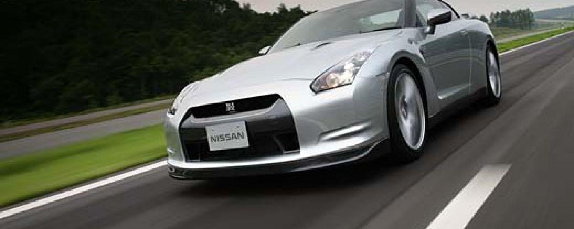 Nissan GT-R 2009 in dettaglio
