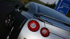 Nissan GT-R 2009 in dettaglio - Immagine: 15