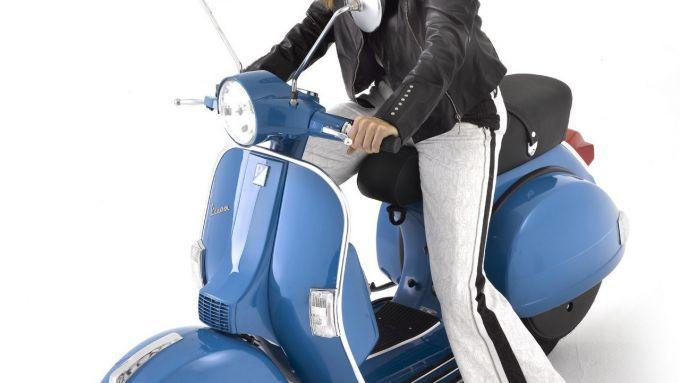 Immagine 2: Piaggio Vespa PX 2011