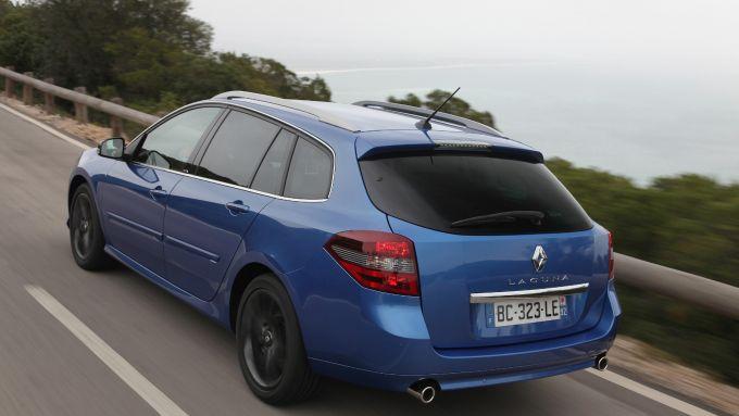 Immagine 2: Renault Laguna 2011