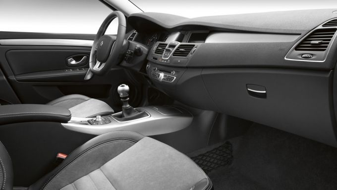 Immagine 13: Renault Laguna 2011