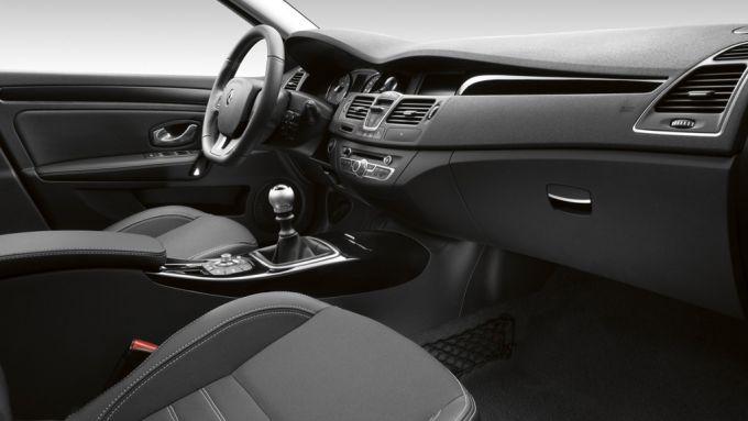 Immagine 15: Renault Laguna 2011