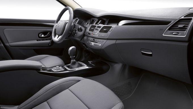 Immagine 18: Renault Laguna 2011