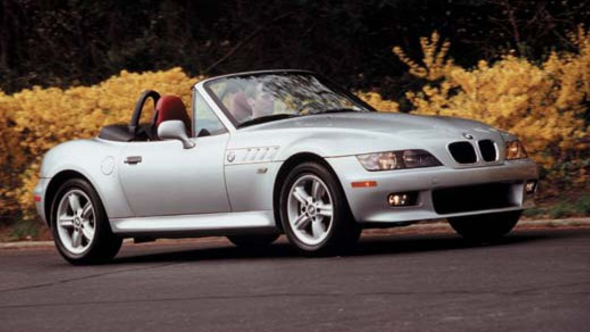 prova su strada bmw z3 roadster my 1999 motorbox. Black Bedroom Furniture Sets. Home Design Ideas