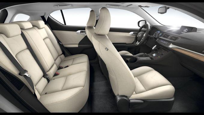 Immagine 45: Lexus CT 200h