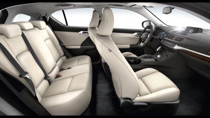 Immagine 49: Lexus CT 200h
