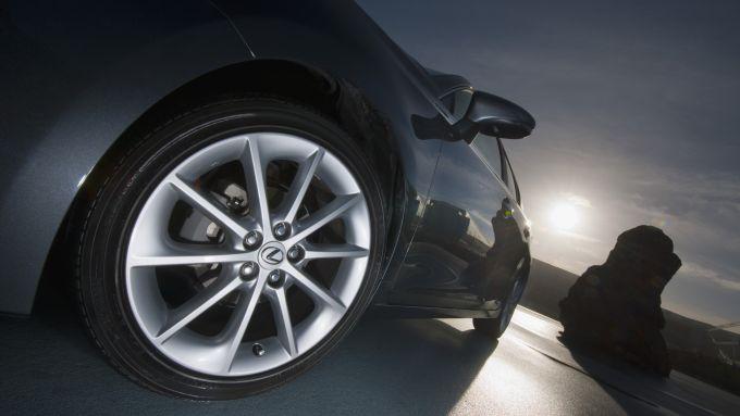 Immagine 34: Lexus CT 200h