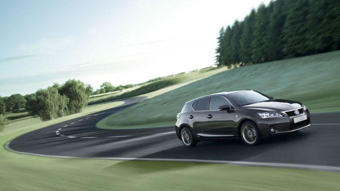 Immagine 17: Lexus CT 200h
