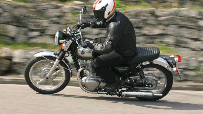 Immagine 8: Kawasaki W800