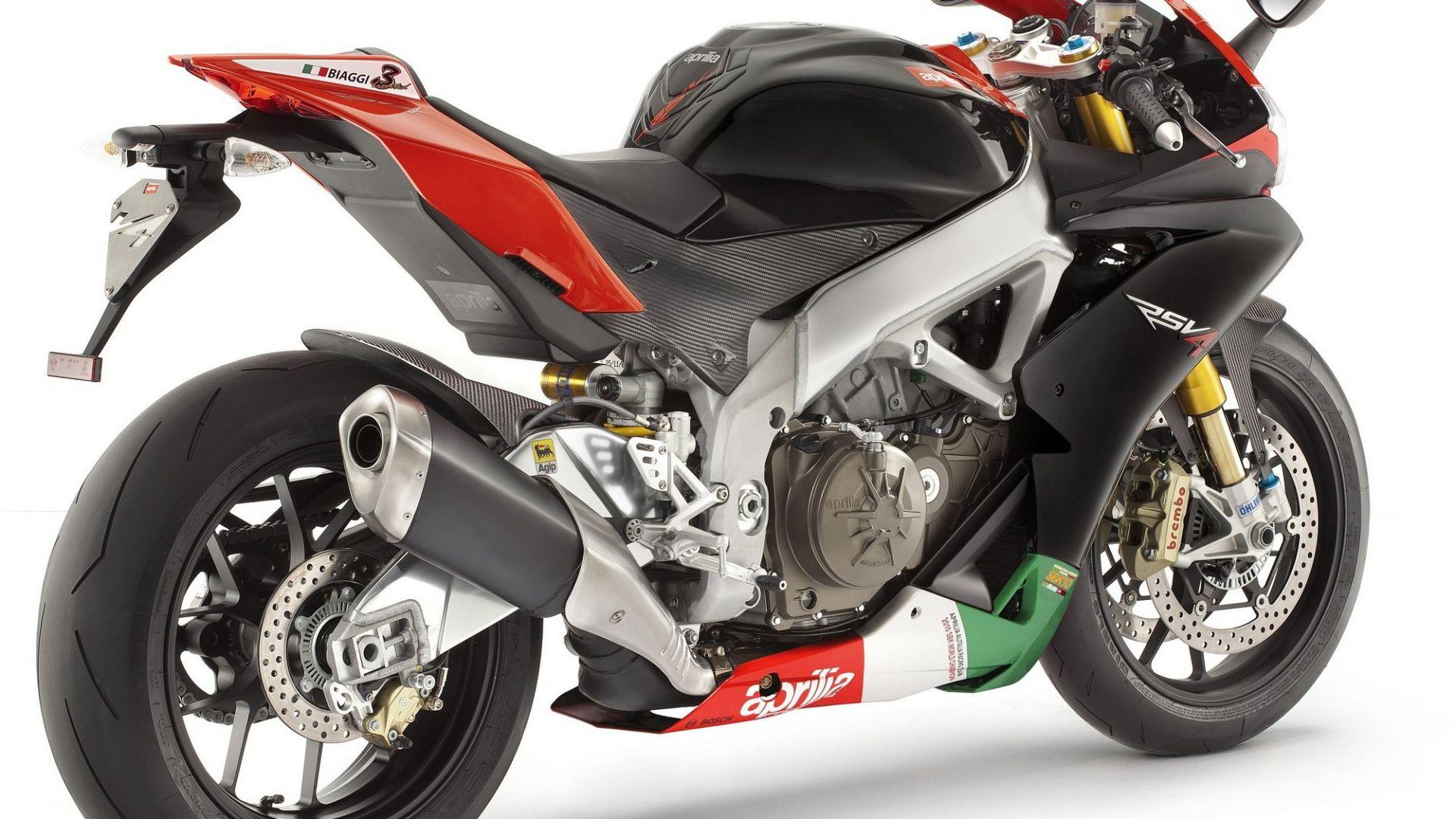 Immagine 56: Al Mugello con le 1000 Superbike 2011