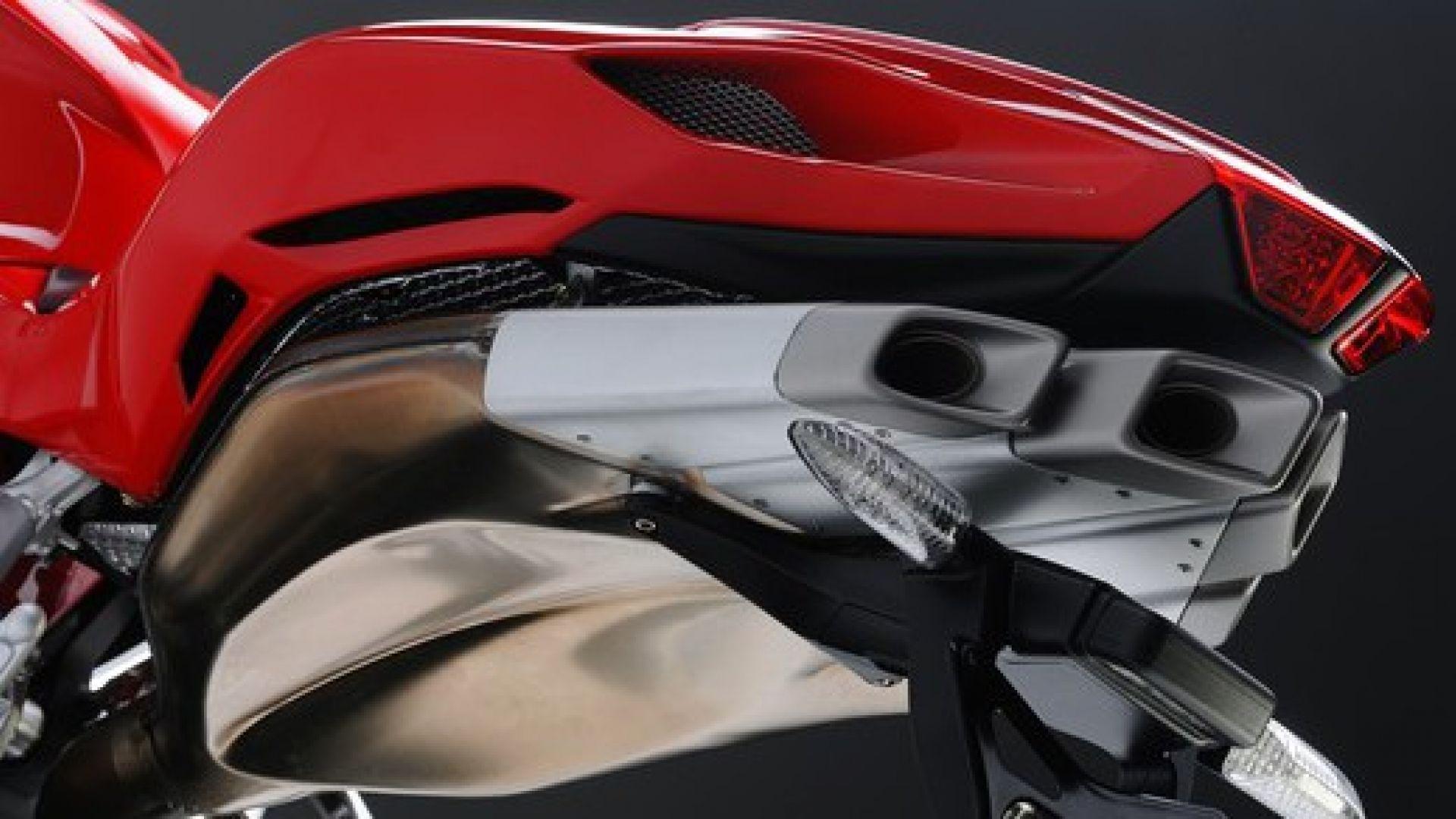Immagine 86: Al Mugello con le 1000 Superbike 2011