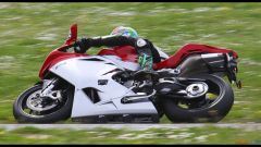 Immagine 25: Al Mugello con le 1000 Superbike 2011