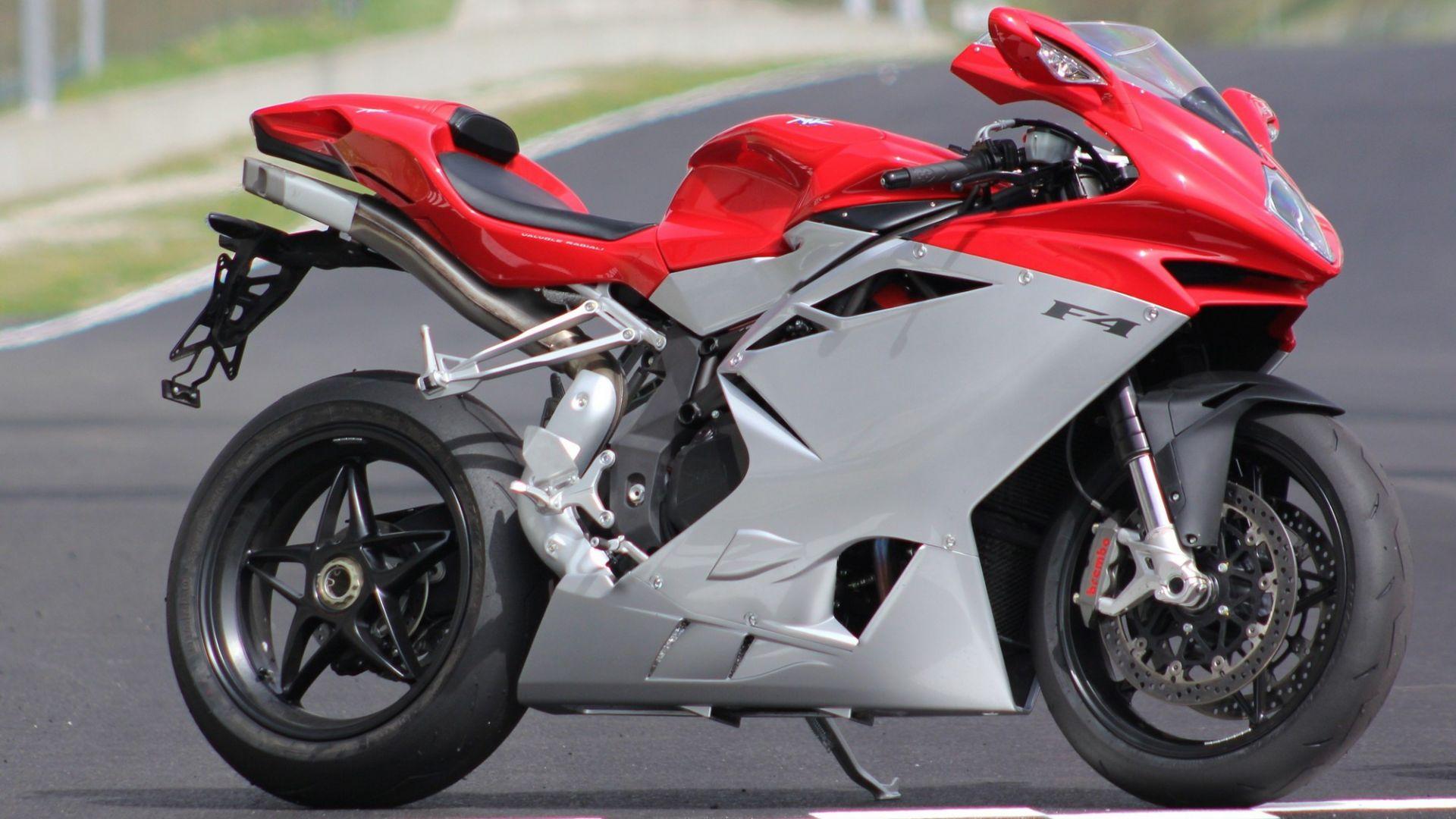 Immagine 28: Al Mugello con le 1000 Superbike 2011