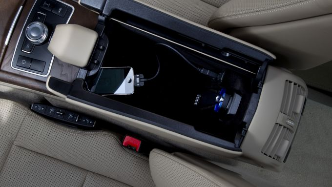 Immagine 26: Mercedes Classe E 2011
