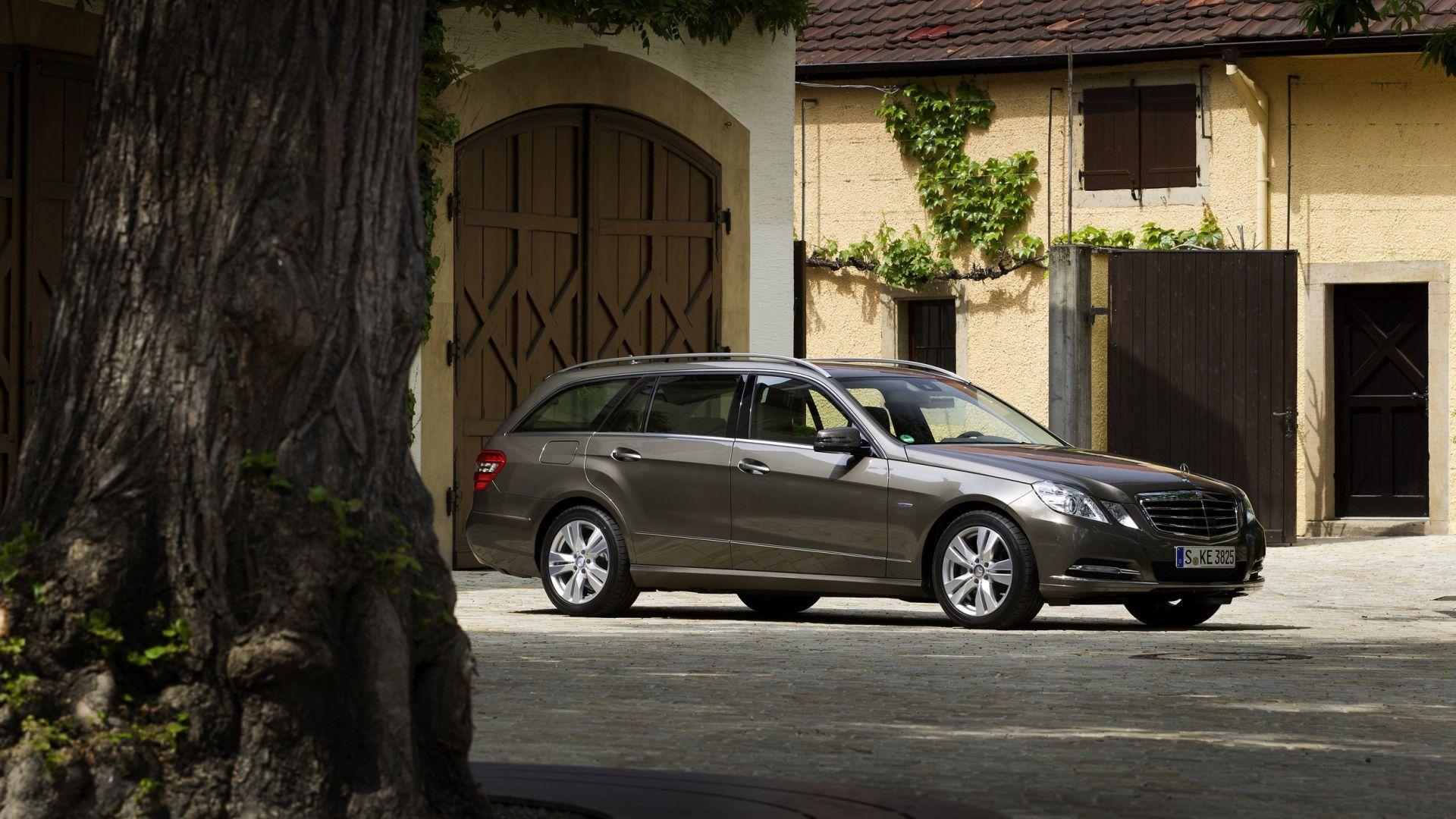 Immagine 22: Mercedes Classe E 2011