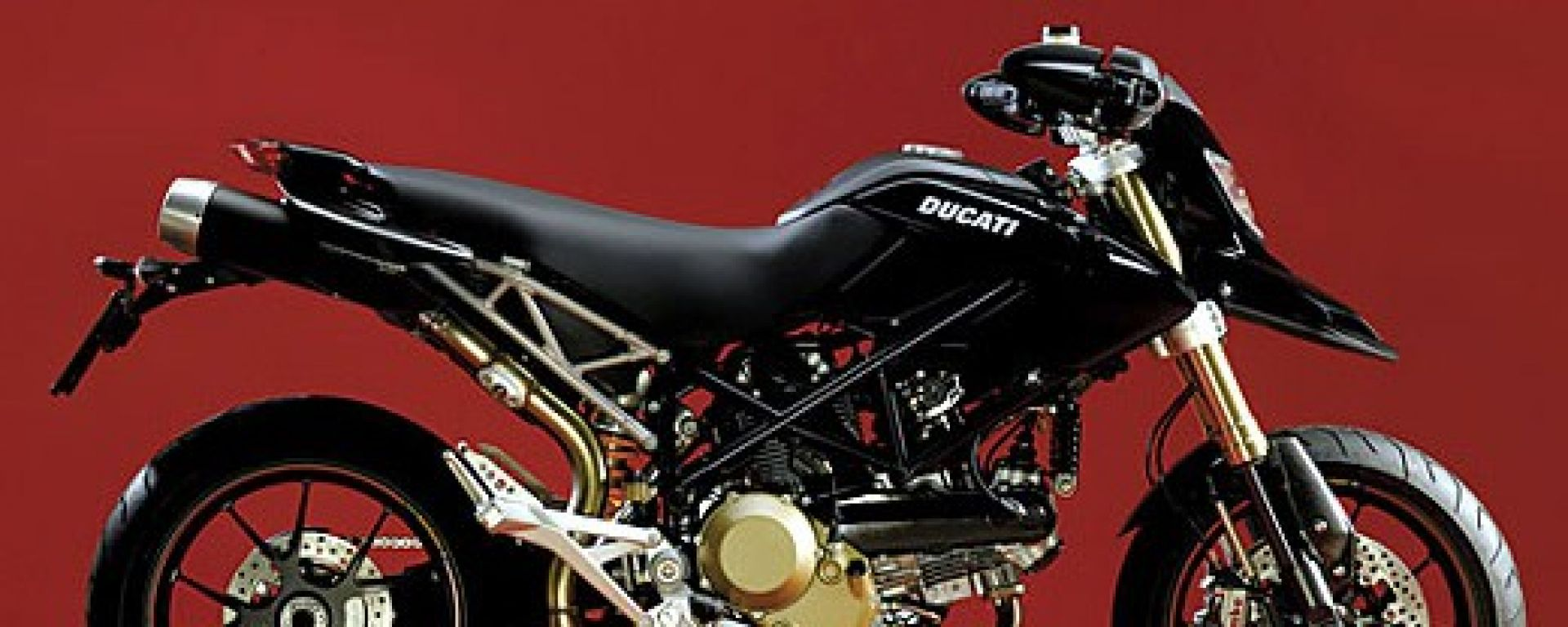 DUCATI: Hypernera e Monster tricolore
