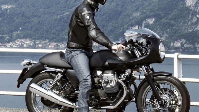 Immagine 2: Moto Guzzi V7 Café Racer
