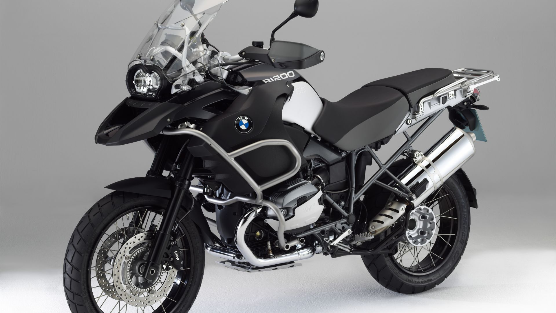 anteprima bmw r 1200 gs adventure triple black. Black Bedroom Furniture Sets. Home Design Ideas