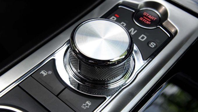 Immagine 68: Jaguar XF 2.2 D