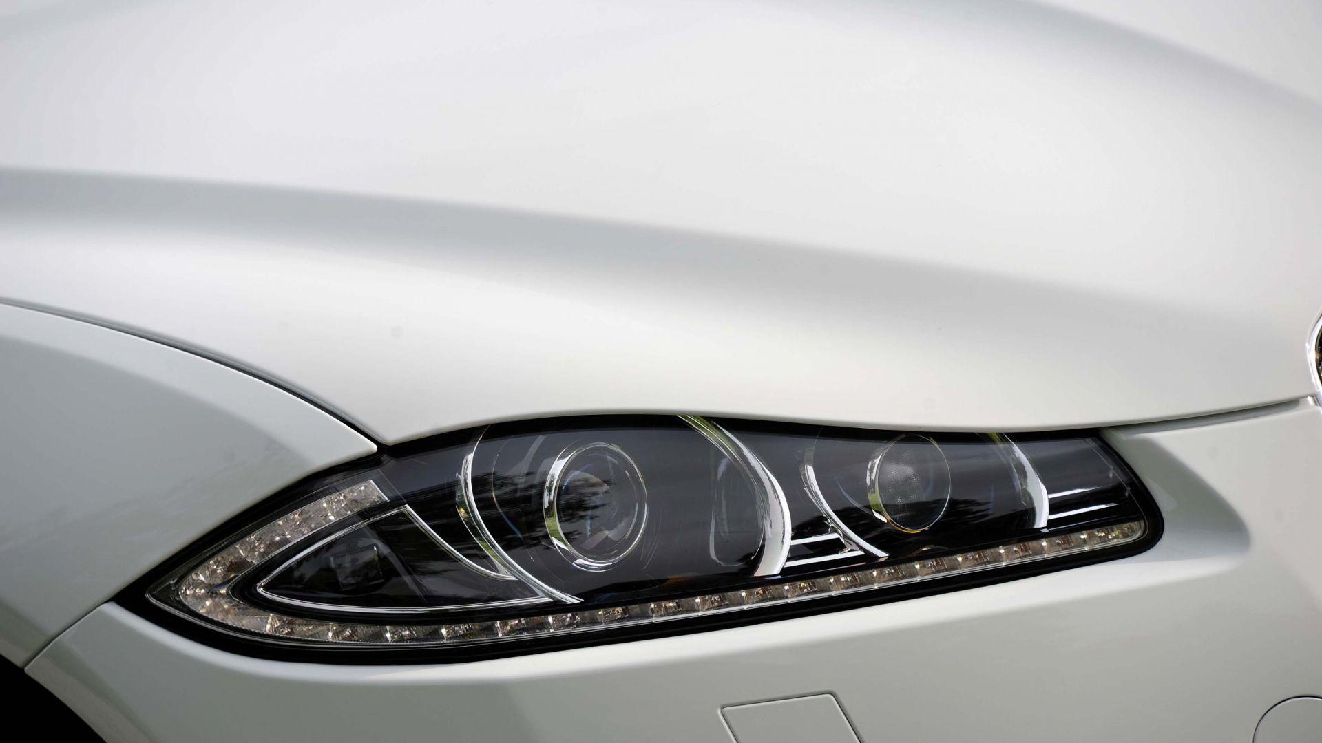 Immagine 19: Jaguar XF 2.2 D