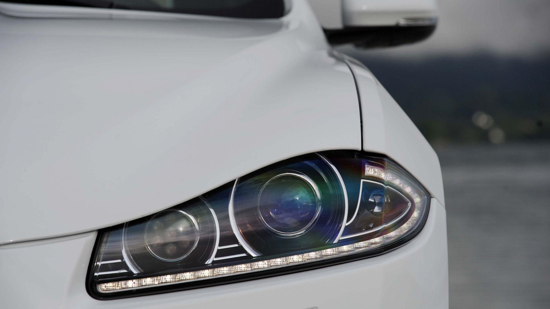 Immagine 20: Jaguar XF 2.2 D