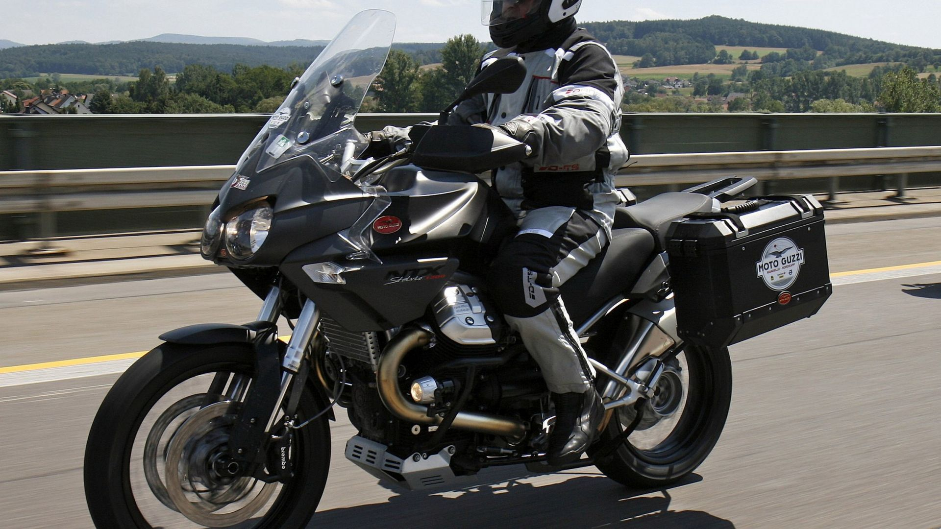 Immagine 243: Da Mandello a Caponord con le Moto Guzzi