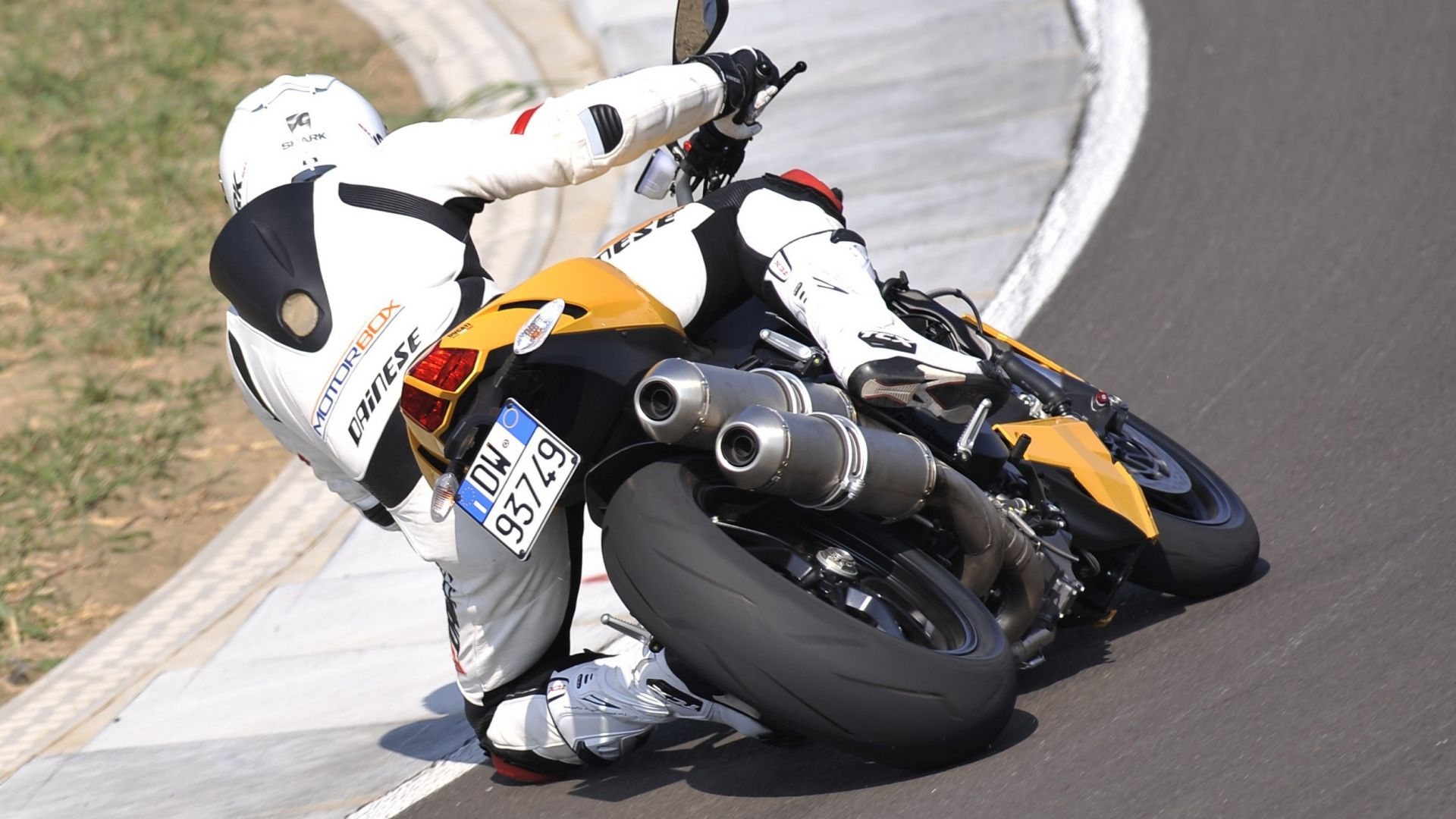 Immagine 19: Ducati Streetfighter 848