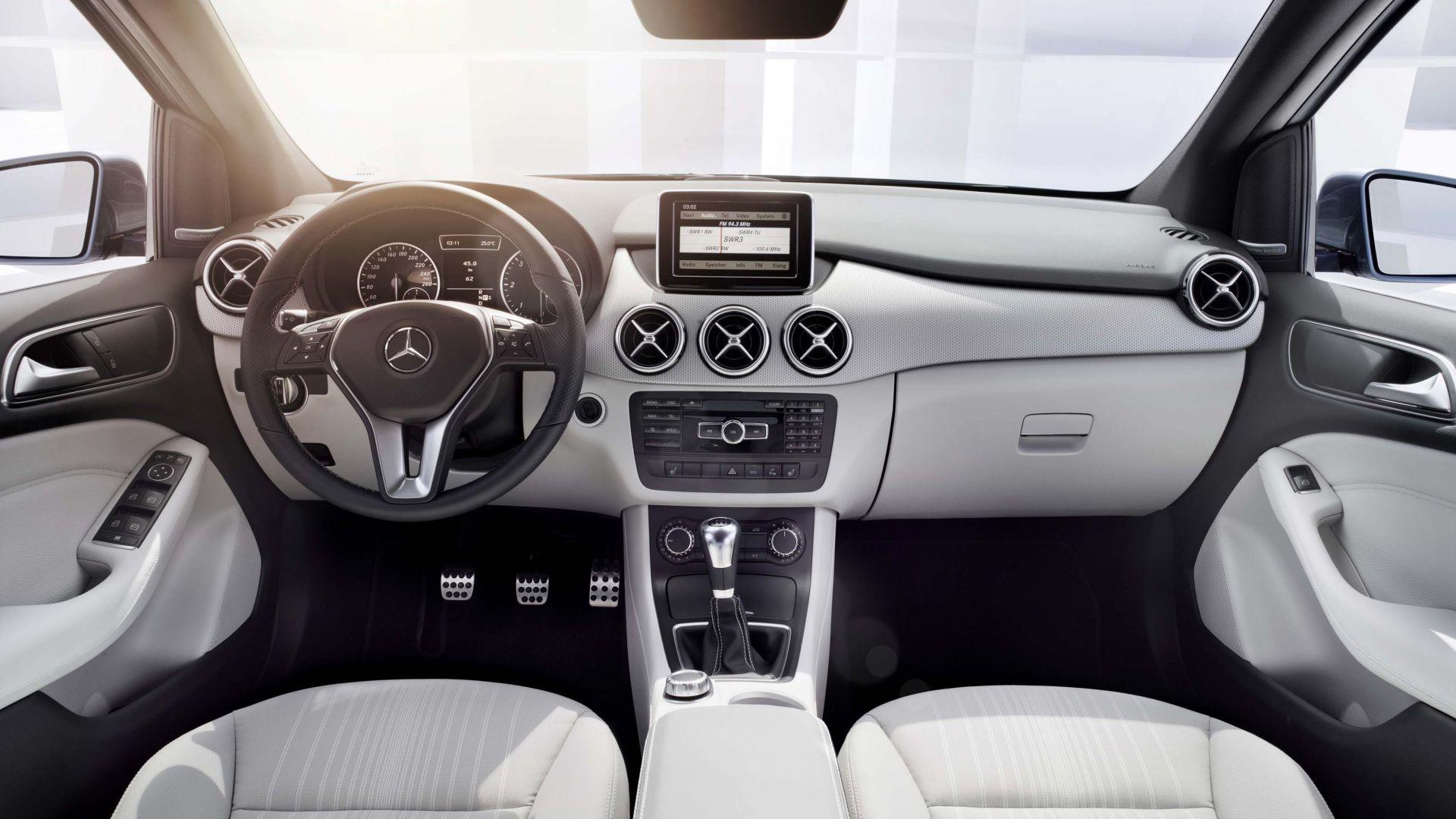 Immagine 100: Mercedes Classe B 2012