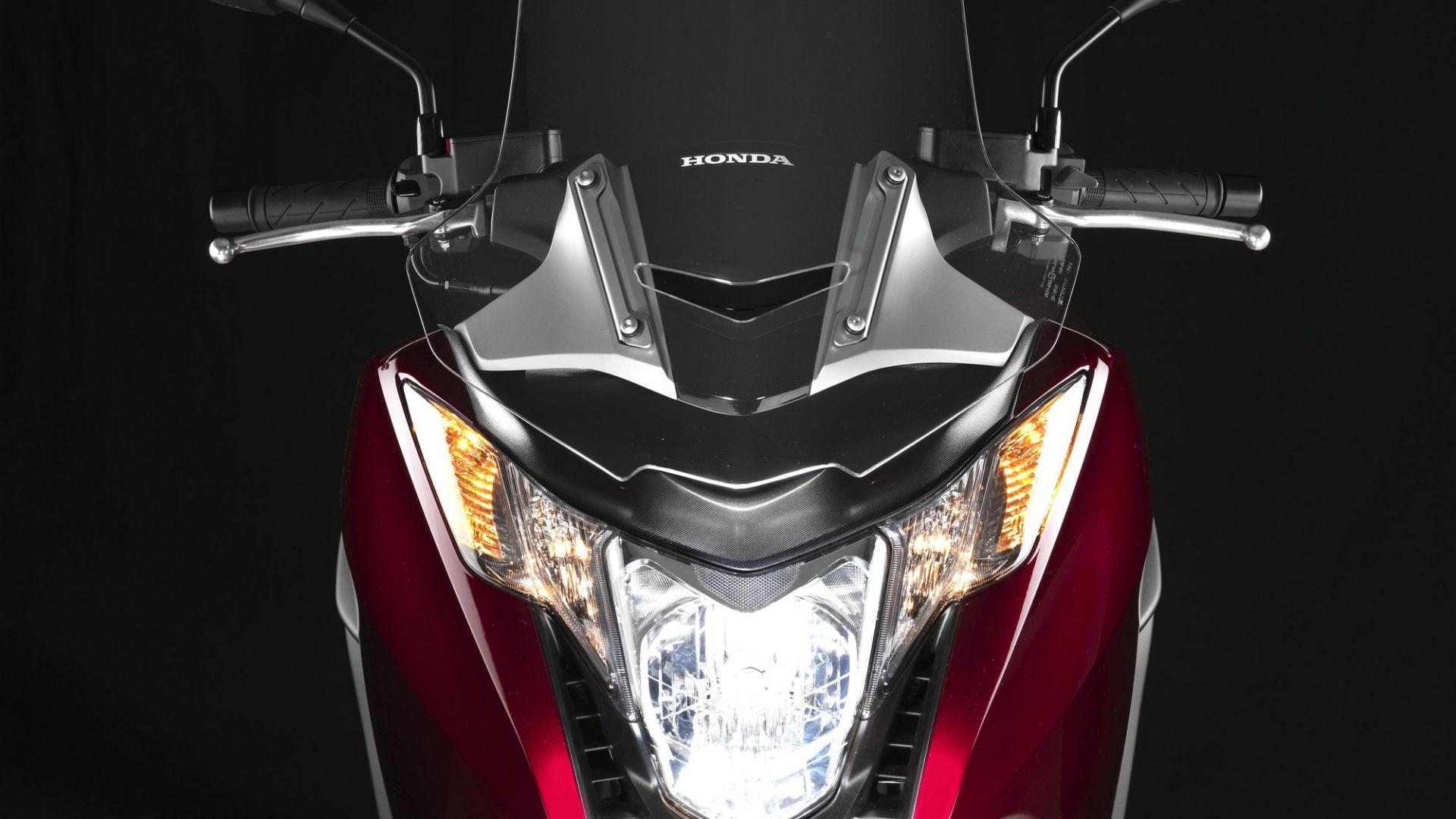 Immagine 41: Honda Integra: la prova in video