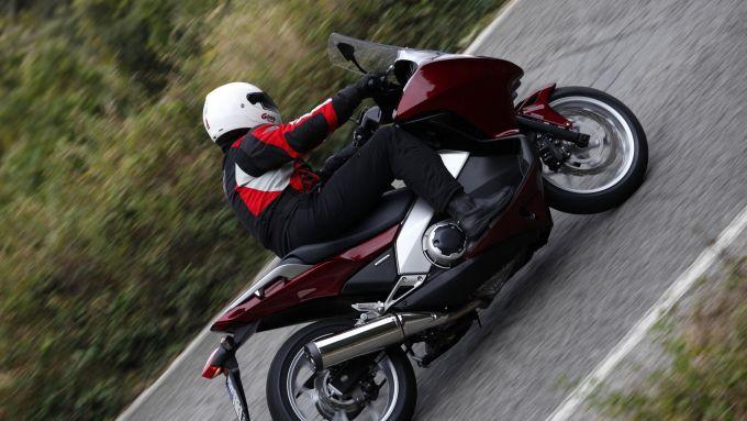 Immagine 8: Honda Integra: la prova in video