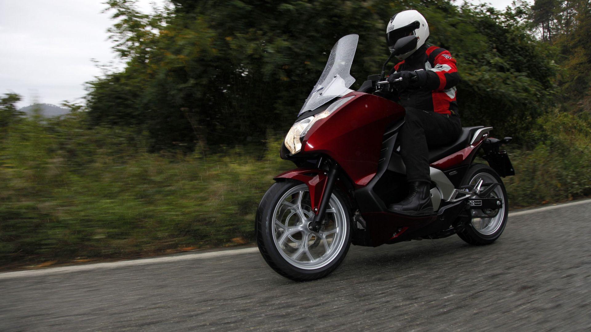 Immagine 11: Honda Integra: la prova in video