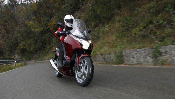 Immagine 12: Honda Integra: la prova in video