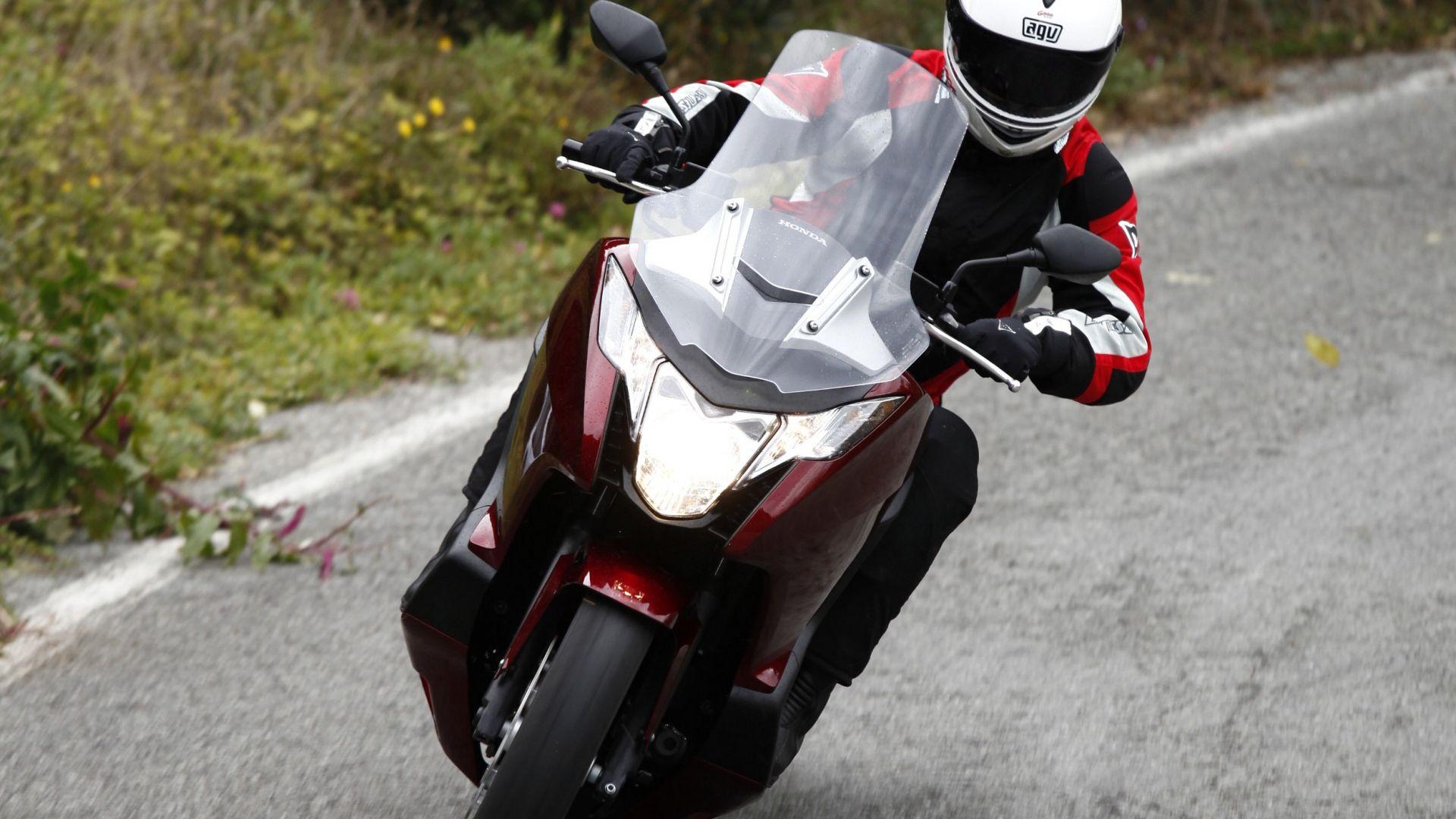 Immagine 6: Honda Integra: la prova in video