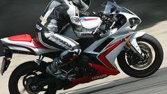 Yamaha R1 - Immagine: 3