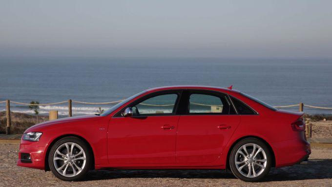 Immagine 52: Audi A4 e S4 2012: ora anche in video