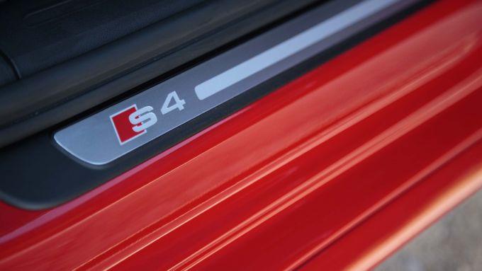 Immagine 48: Audi A4 e S4 2012: ora anche in video