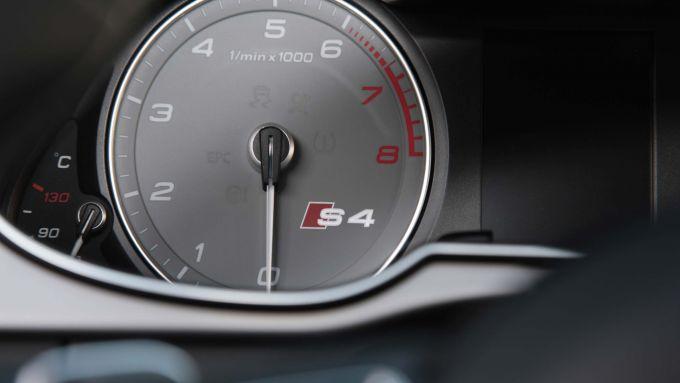 Immagine 43: Audi A4 e S4 2012: ora anche in video