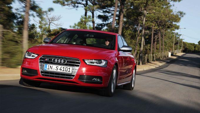 Immagine 42: Audi A4 e S4 2012: ora anche in video
